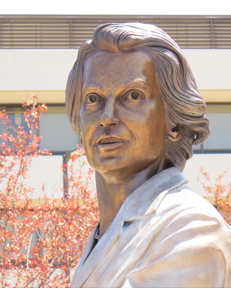 Bronze portrait sculpture of Rosalind Franklin by artist Julie Rotblatt-Amrany for Rosalind Franklin University of Medicine and Science