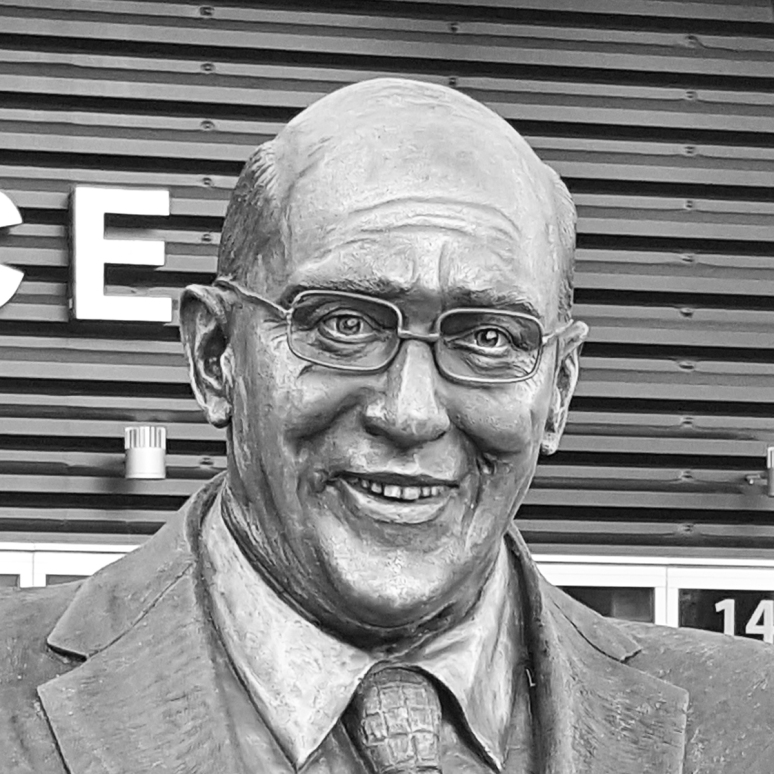 Bronze sculpture of Bob Miller by Julie Rotblatt-Amrany for LA Kings at the Staples Center