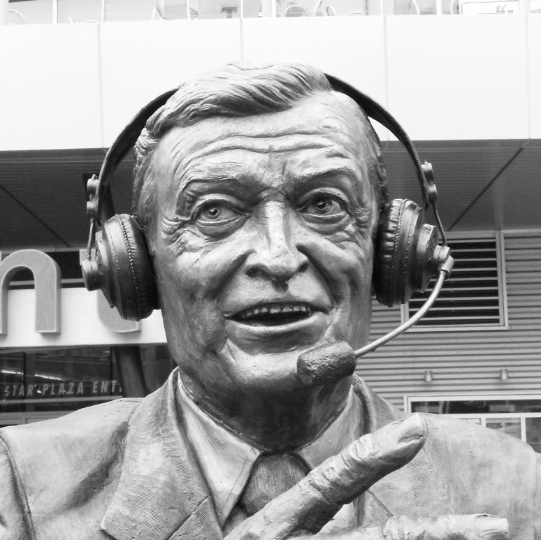 Bronze sculpture of Chick Hearn by Julie Rotblatt-Amrany for LA Lakers Staples Center